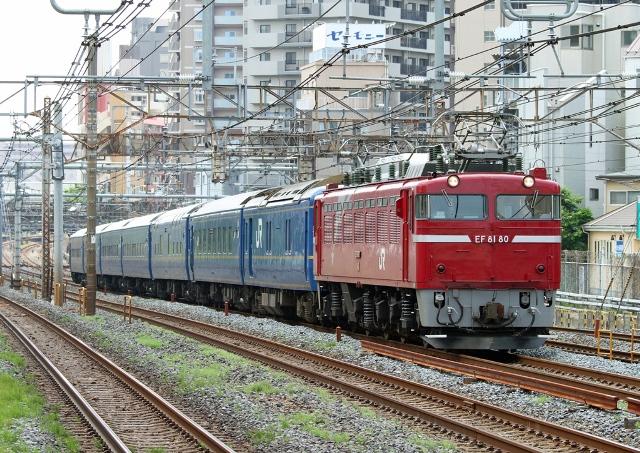 EEF81-80 試9501レ