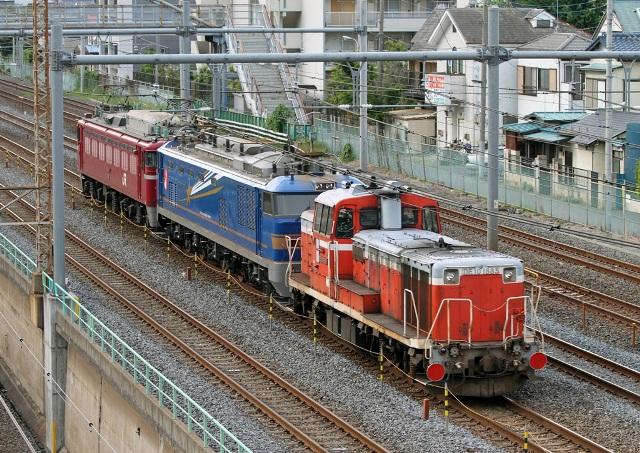 DE10-1685+EF510-515+EF81-1141 配9751レ