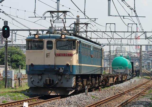 EF65-2077 配6795レ