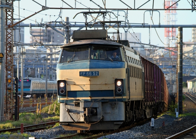 EF66-52 4083レ