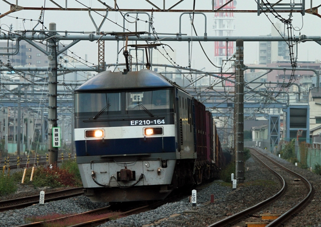 EF210-164 4089レ