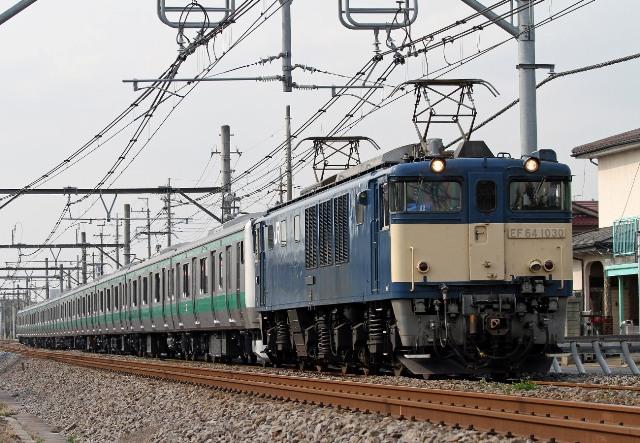 EF64-1030 E233