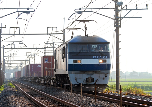 EF210-112 8074レ