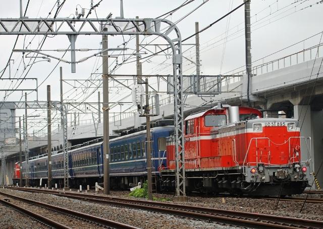 DD51-895.jpg