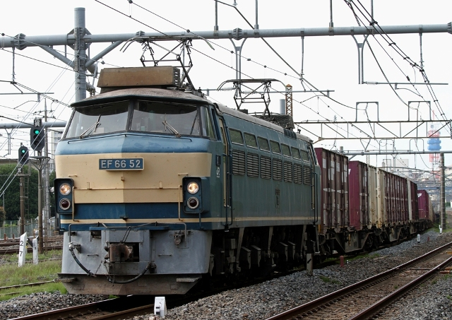 EF66-52-3.jpg