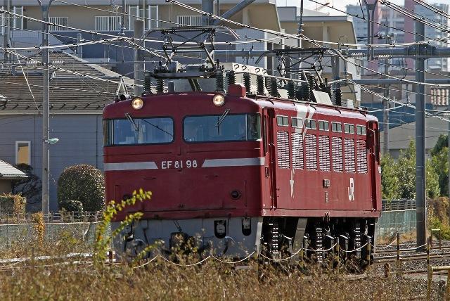 EF81-98.jpg