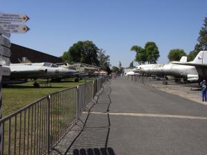プラハ航空機展示