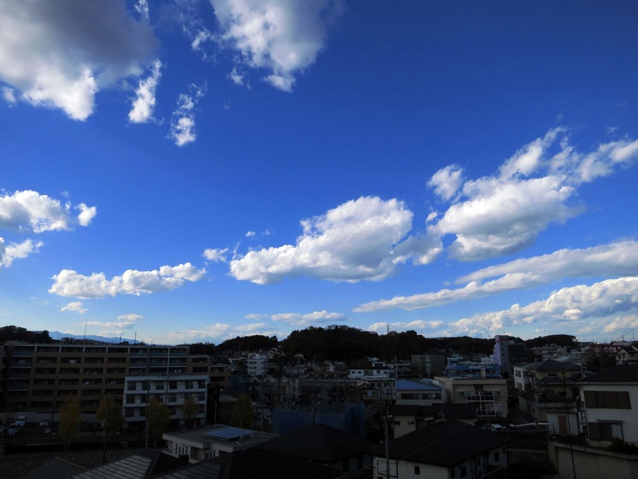 141205青い空白い雲-01