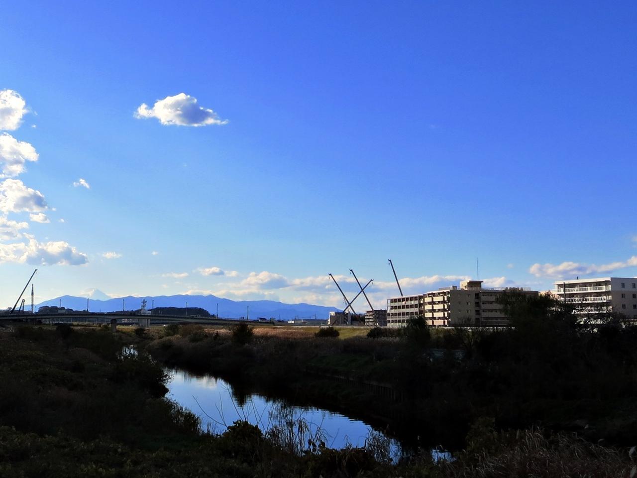 141205青い空白い雲-05
