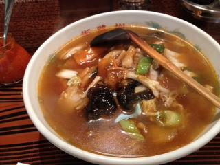 街路樹ピリ辛広東麺