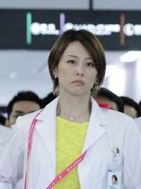 米倉涼子さん ドクターX 外科医・大門未知子のショートボブヘアスタイル