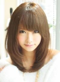 面長さんに似合う髪型 前髪で面長を小顔にするヘアスタイル