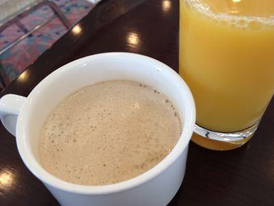 オレンジジュース+コーヒー