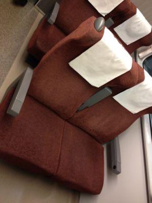自由席はこんな椅子でした