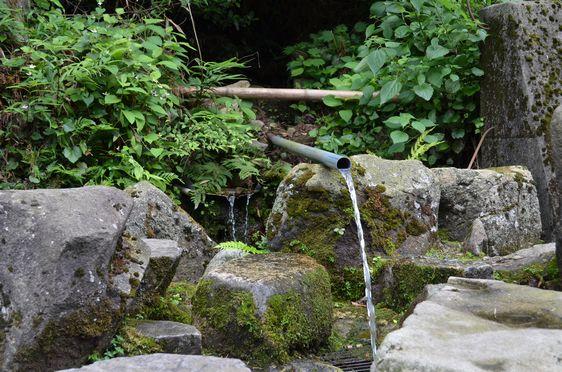 19号沿いの湧き水