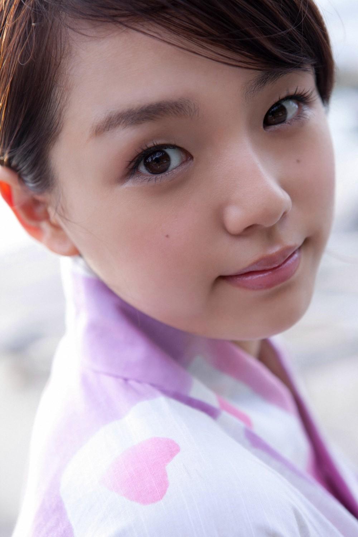 篠崎愛 セクシー 浴衣姿 顔アップ カメラ目線 ぶっかけ用 高画質 エロかわいい画像