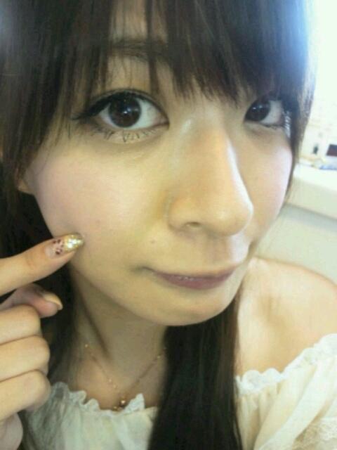 八田亜矢子 セクシーほっぺた 顔アップ タレ目メイク 笑顔 エロかわいい画像