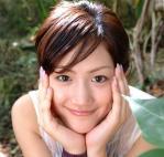 綾瀬はるか セクシー カメラ目線 顔アップ 頬杖 女優 顔射用 ぶっかけ用 高画質 エロかわいい画像13