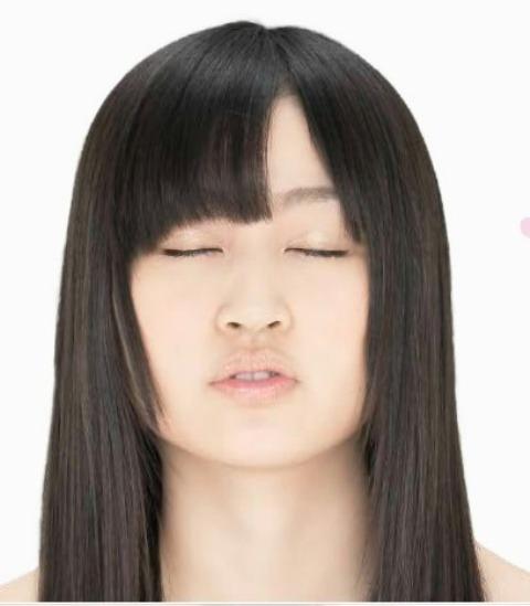AKB48 小森美果 セクシー キス顔 顔アップ 唇 エロかわいい画像