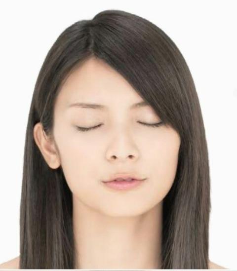 AKB48 秋元才加 セクシー キス顔 顔アップ 唇 エロかわいい画像
