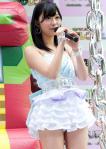 HKT48 指原莉乃 セクシー フリルミニスカート パンチラ 太もも マイク 擬似手コキ オナドル 高画質 エロかわいい画像
