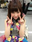 AKB48 島崎遥香ぱるる セクシー ダブルピース 顔アップ カメラ目線 上目遣い 顔射用ぶっかけ用オナドル 高画質エロかわいい画像11