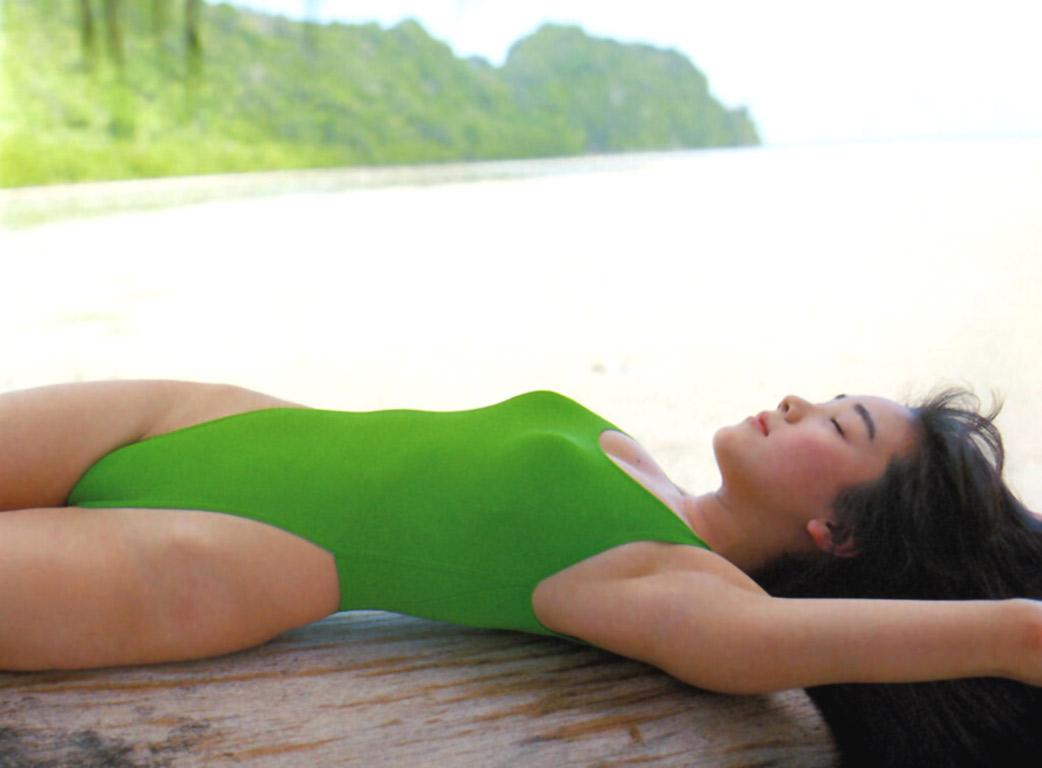 西田ひかる セクシー ハイレグ 水着 ムチムチ 太もも 局部 食い込み 80年代 寝顔 エロかわいい画像38