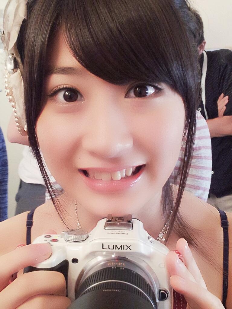 AKB48 石田晴香 セクシー 顔アップ 笑顔 唇 歯 エロかわいい画像1