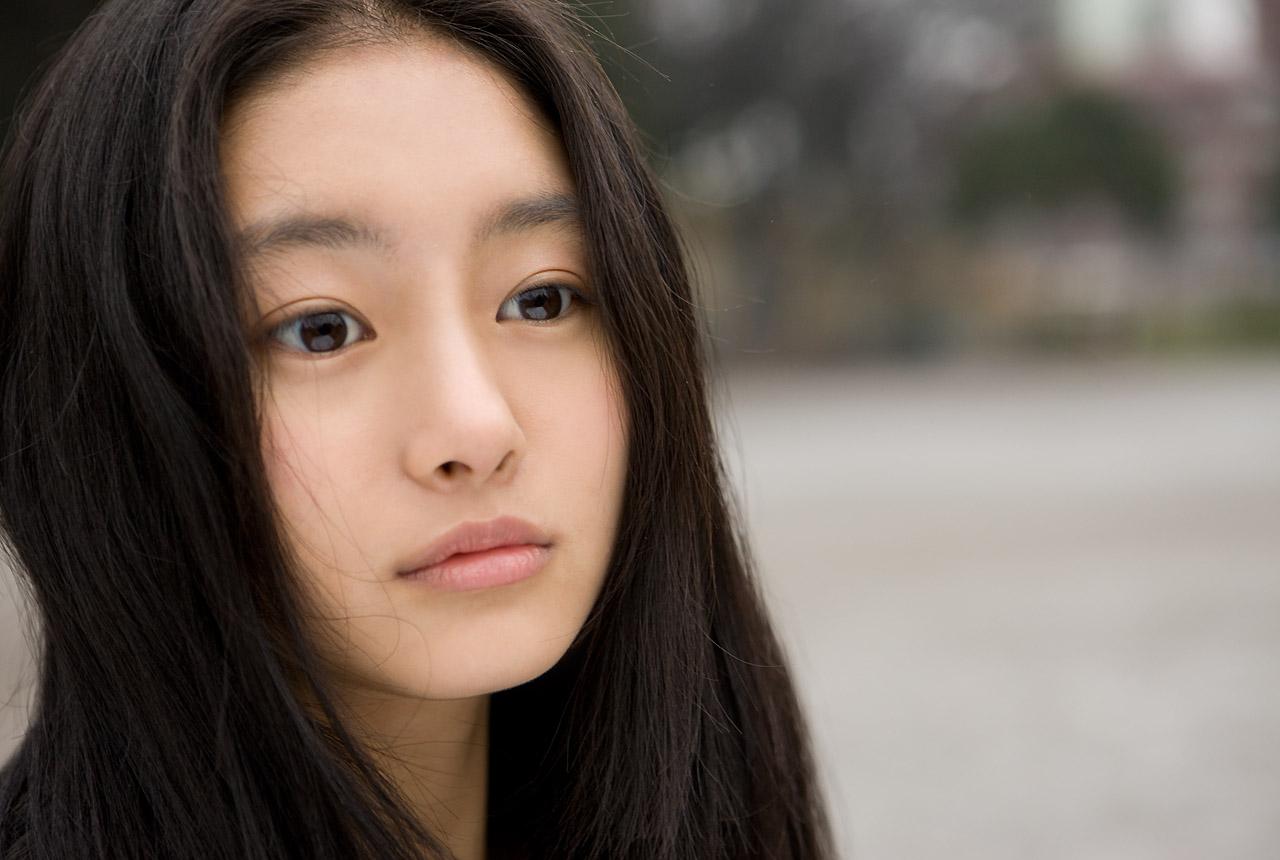 忽那汐里(くつなしおり)セクシー 唇 顔アップ 女優 エロかわいい画像14