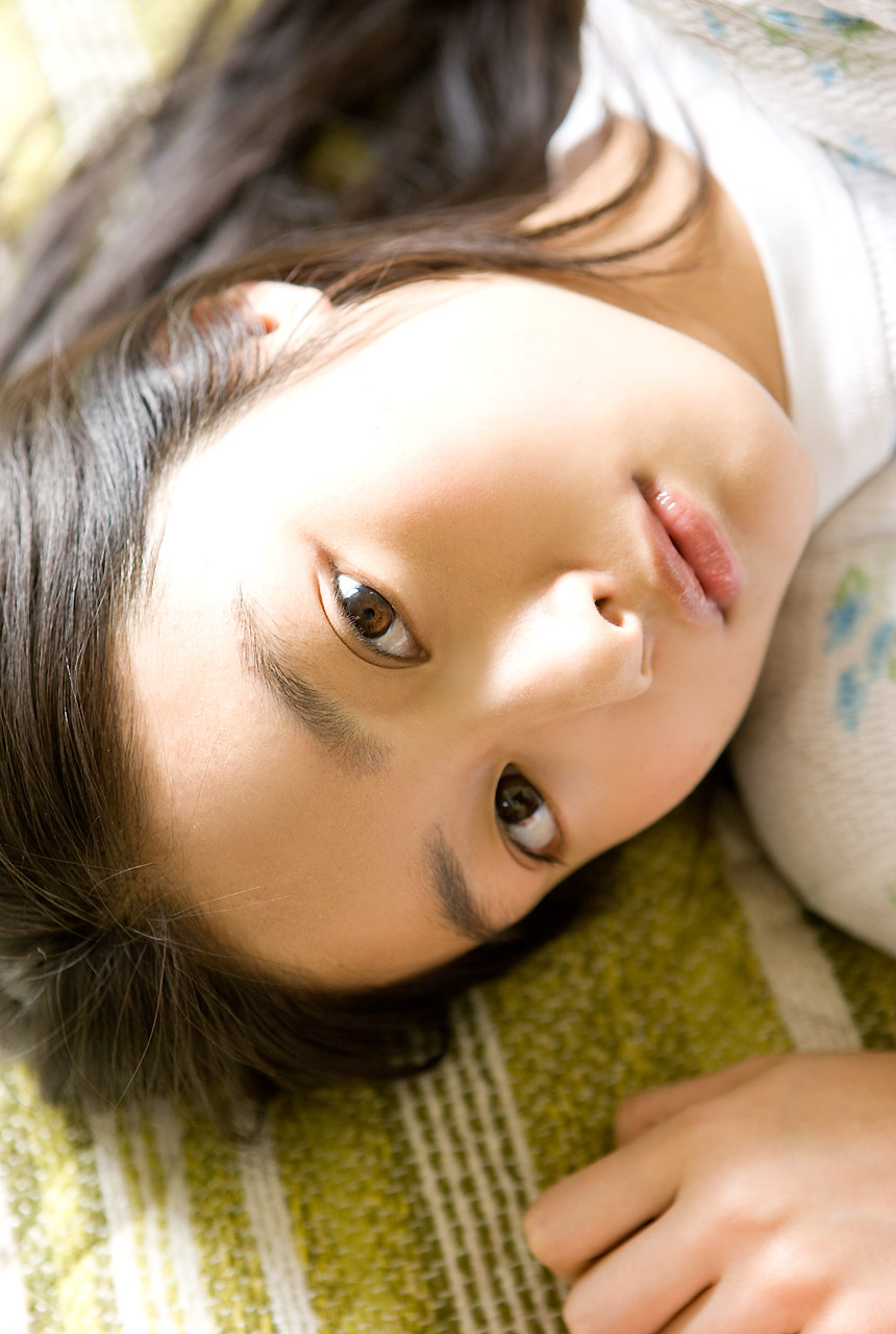 忽那汐里(くつなしおり)セクシー 唇 顔アップ 女優 エロかわいい画像16
