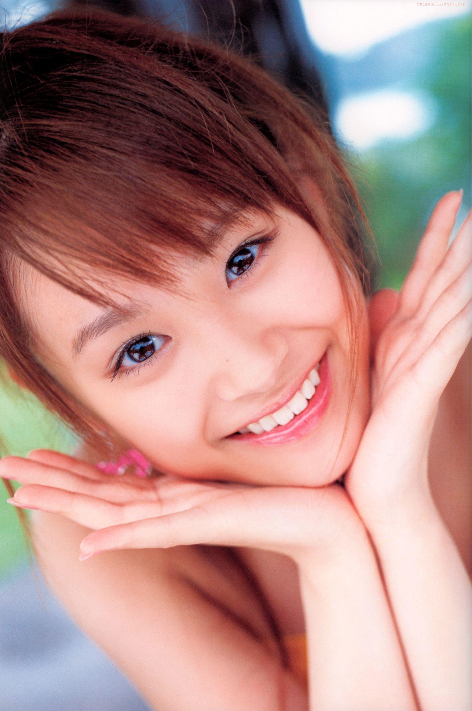 高橋あい セクシー 唇 歯 目 ハロプロ 笑顔 顔アップ エロかわいい画像4