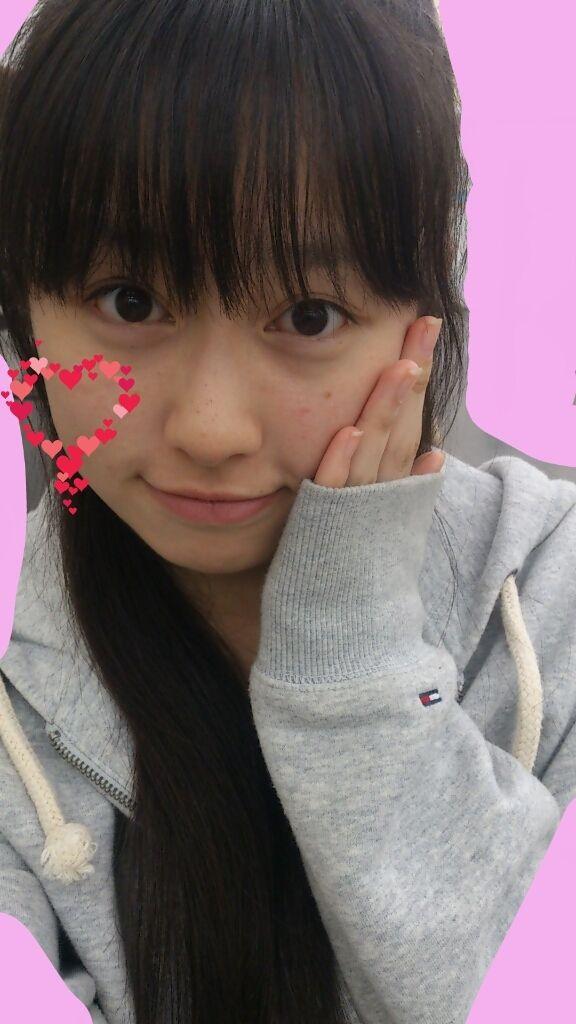 ももクロピンク 佐々木彩夏(あーりん) セクシー アヒル口 顔アップ 唇 ほっぺた エロかわいい画像17