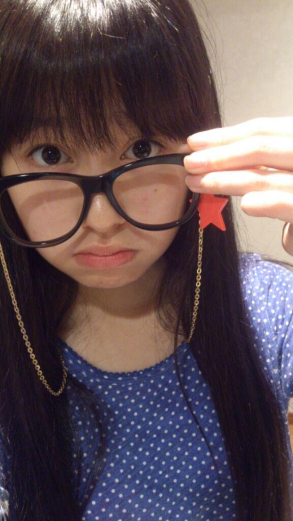 ももクロピンク 佐々木彩夏(あーりん) セクシー 顔アップ メガネ 唇 ぶっかけ用 エロかわいい画像21