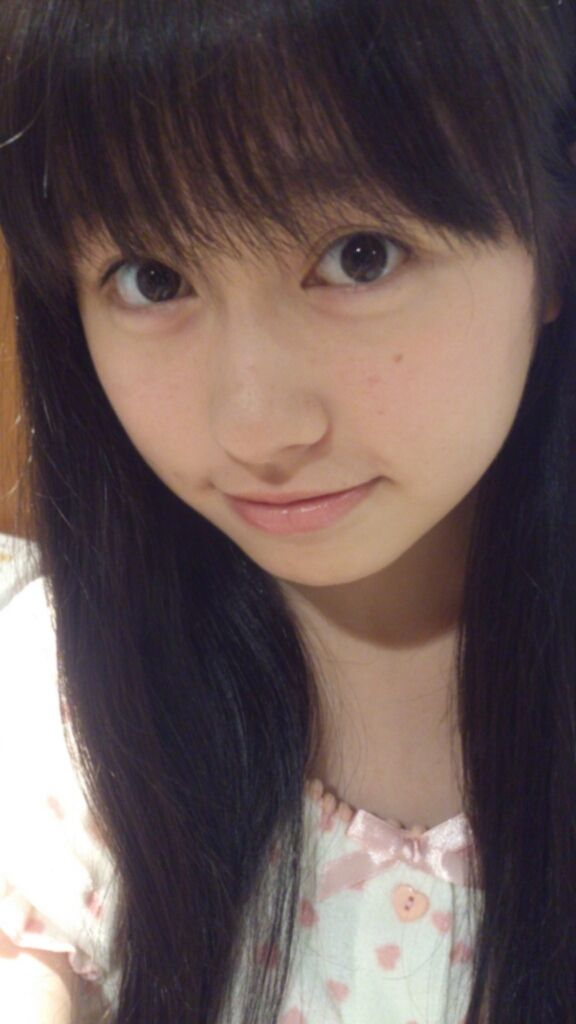 ももクロピンク 佐々木彩夏(あーりん) セクシー すっぴん 顔アップ 唇 目 顔射用 エロかわいい画像23