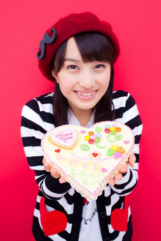 ももクロ赤 百田夏菜子 セクシー 上目遣い 顔アップ 笑顔 唇 歯 ケーキ えくぼ ぶっかけ用 エロかわいい画像32