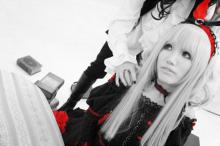 Die zerbrochene Puppe gehört mir-白黒赤エリゼと王様の手