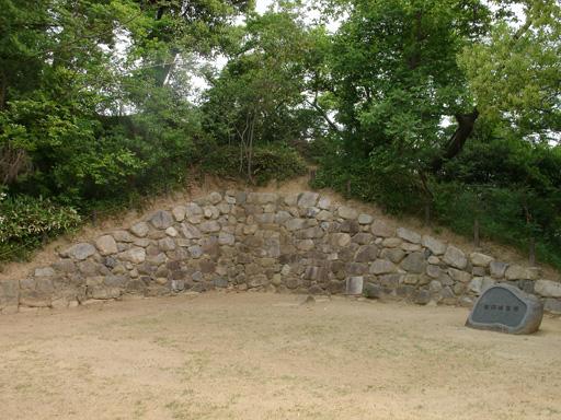 有岡城跡・石垣
