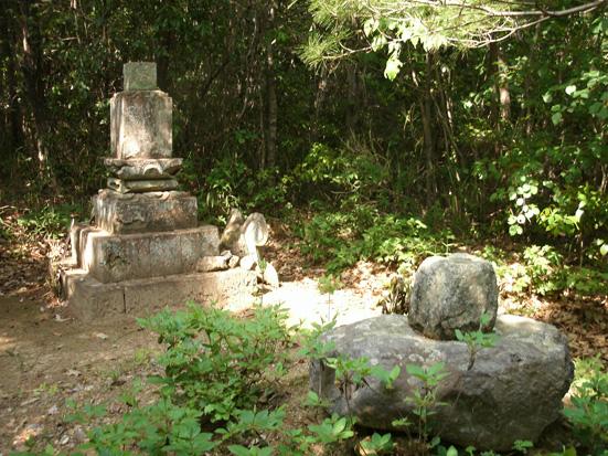 三木市志染の竹中半兵衛様墓所