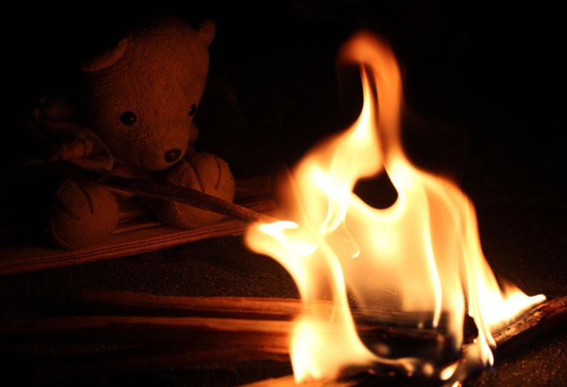 盆の送り火 120716