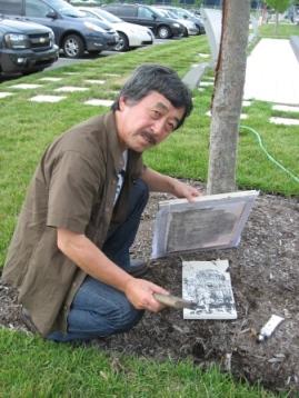 スミソニアン前庭で作品を作る
