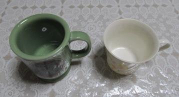 コメダと普通のカップ(上から)