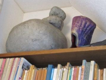 チベットの帽子と偽石