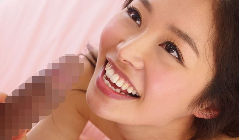 あの大人気女優が復活 夏目彩春のサンプル脚フェチDVD画像1