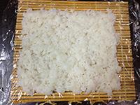 IMG_4719ご飯ラップにおく1  200