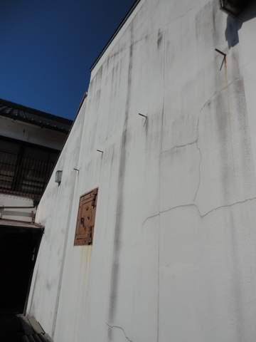 金庫のある壁480
