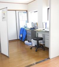 2階職員事務机