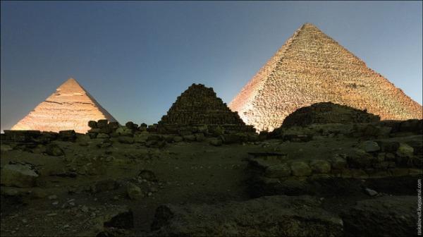 20130328-11231919-pyramid2.jpg