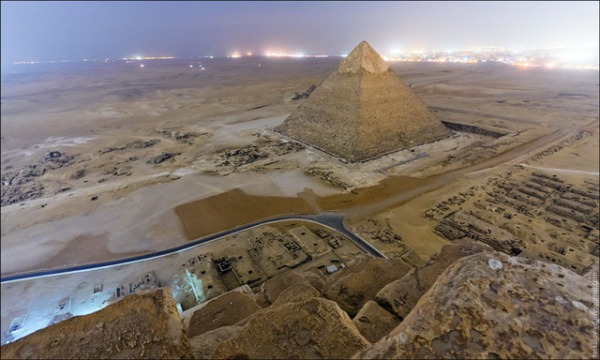 20130328-11231919-pyramid3.jpg