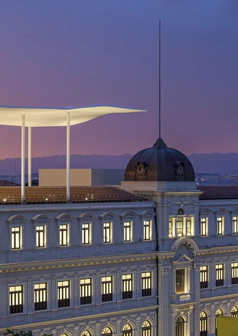 Dezeen_Museu-de-Arte-do-Rio-by-Jacobsen-Arquitetura_5.jpg