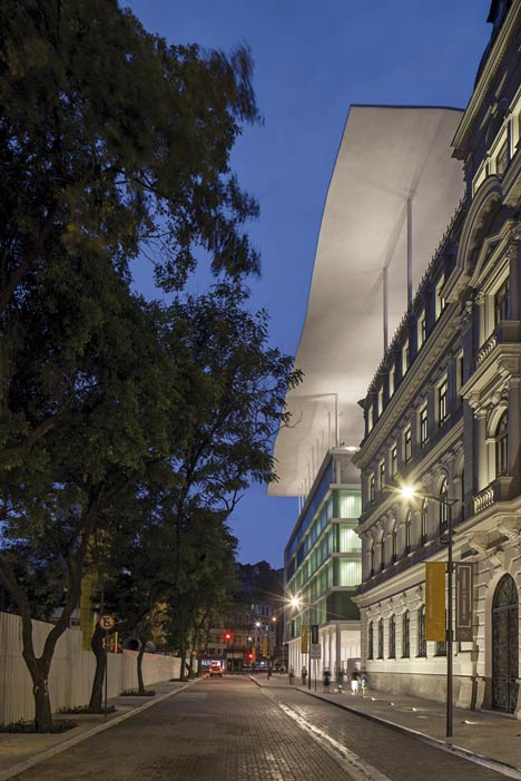 Dezeen_Museu-de-Arte-do-Rio-by-Jacobsen-Arquitetura_6.jpg